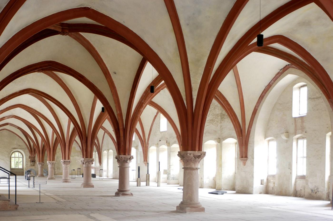 moenchsdormitorium-c-stiftung-kloster-eberbach